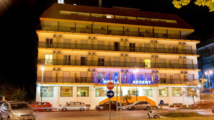 Hotel Regent - 3 HRS star hotel in Pescara