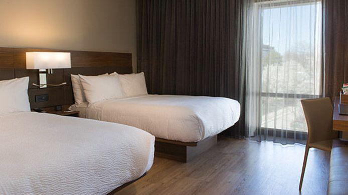 Room Ac Hotel Kansas City Westport