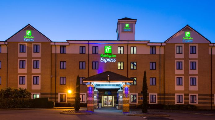 Außenansicht Holiday Inn Express LONDON - DARTFORD