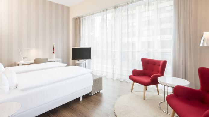 Pokój typu junior suite NH Collection Berlin Mitte Friedrichstrasse