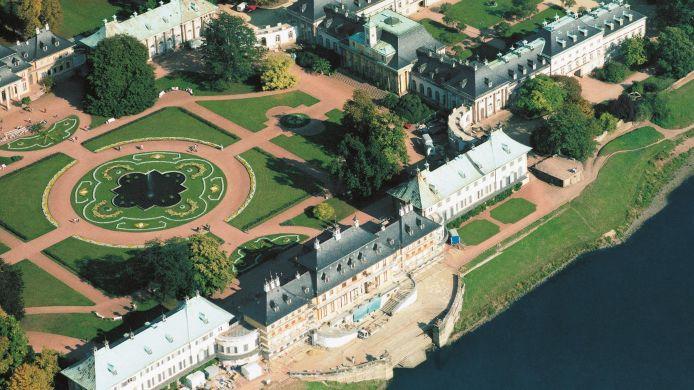 Schloss hotel dresden pillnitz 4 hrs sterne hotel bei for Hotelsuche dresden