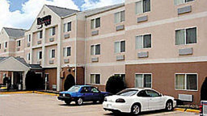 Comfort Inn Suites Coralville 2 Hrs Star Hotel