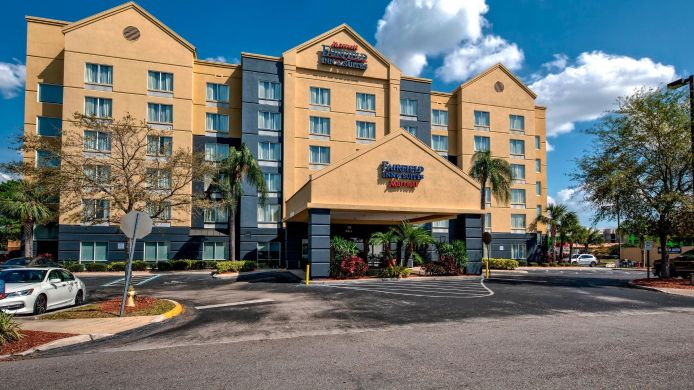 Außenansicht Fairfield Inn & Suites Orlando Near Universal Orlando Resort