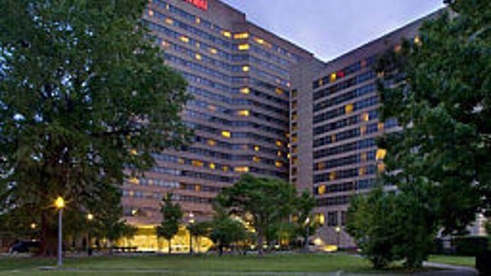 Exterior View Sheraton Memphis Downtown Hotel