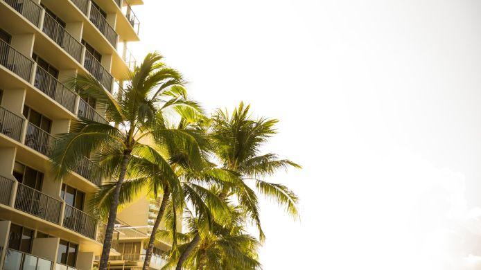 Hotel Outrigger Reef Waikiki Beach Resort In Honolulu