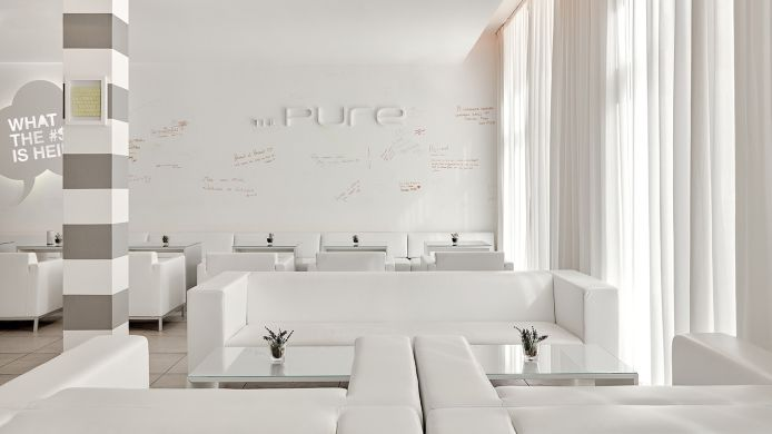 Vestíbulo del hotel The Pure A member of Design Hotels