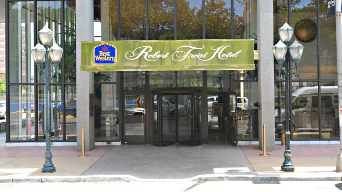 Außenansicht Best Western Plus Robert Treat Hotel