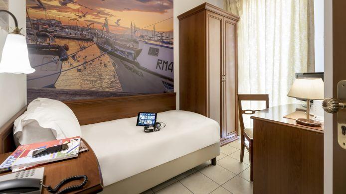 Sovrana Vasca Da Bagno.Sovrana Hotel Re Aqva Spa Hotel A 4 Hrs Stelle A Rimini