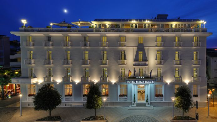 Hotel Italia Palace Hotel A 4 Hrs Stelle A Lignano Sabbiadoro