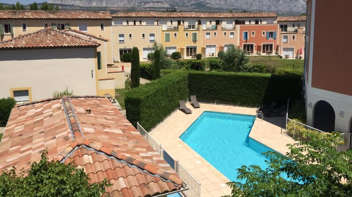 Hotel Garden City Aix En Provence Rousset Residence De Tourisme