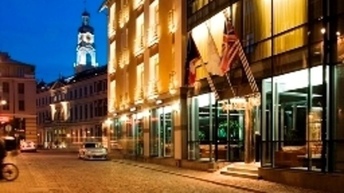 Royal Square Hotel & Suites - 5 HRS star hotel in Riga