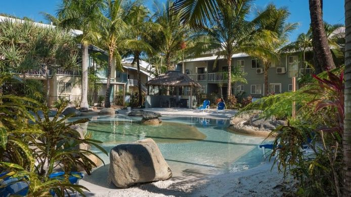 Buitenaanzicht Marlin Cove Resort