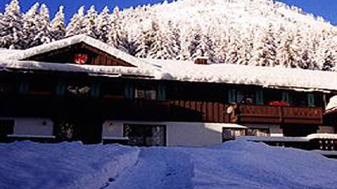 crystal mountain hotels 3 hrs star hotel in enumclaw rh hrs com