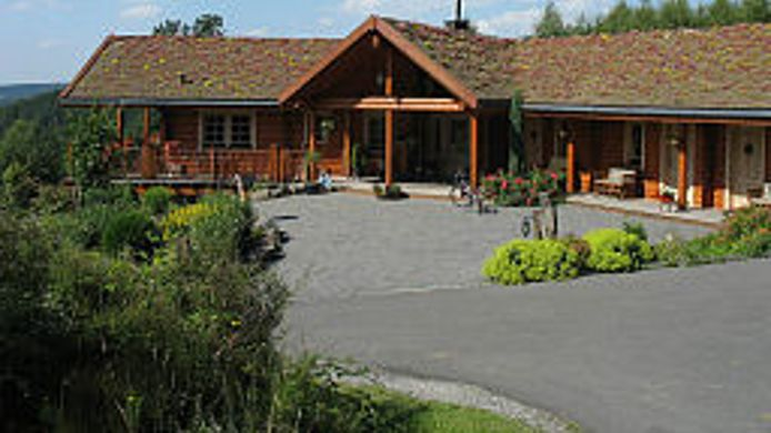 Buitenaanzicht Country Lodge