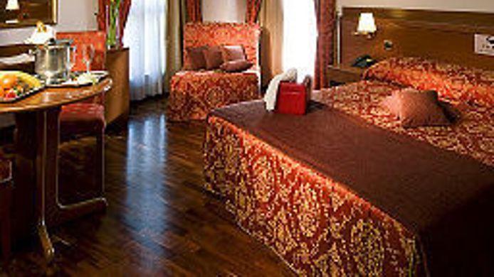 Sala Fumatori Ciampino : Excel hotel roma ciampino hotel a hrs stelle a marino