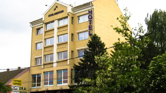 hotel chesscom 3 hrs star hotel in budapest rh hrs com