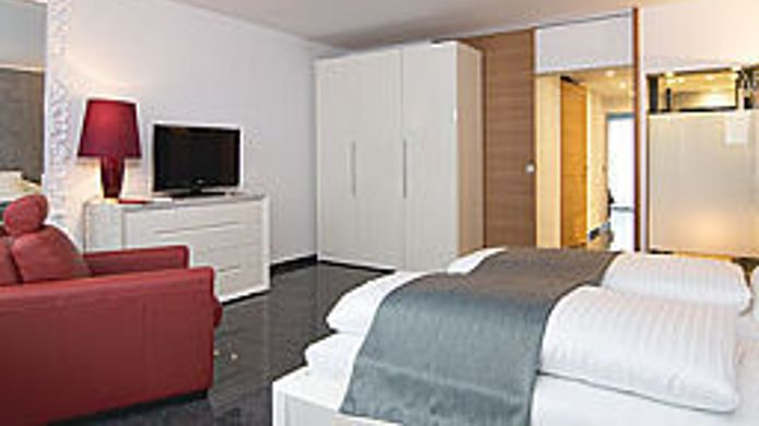 Zimmer Maria Suite Apartments
