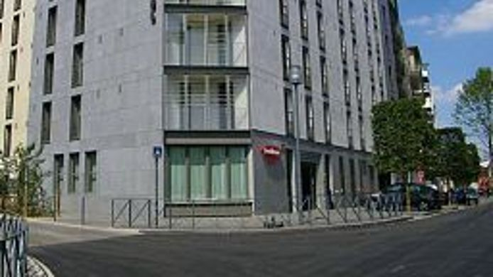 Exterior View Residhome Asnieres Apparthotel