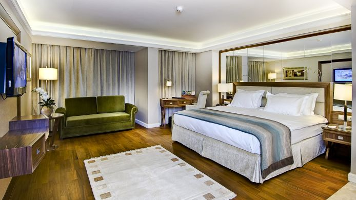 Junior Suite Marigold Thermal & Spa