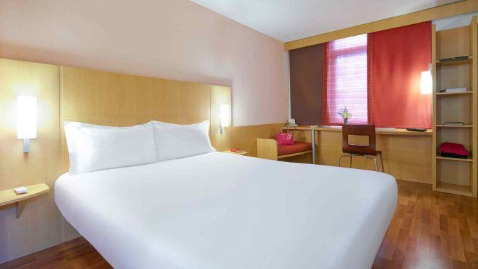 hotel ibis guangzhou huangshi 2 hrs star hotel rh hrs com