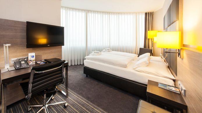 Select Hotel Berlin Spiegelturm 4 Hrs Sterne Hotel Bei Hrs Mit