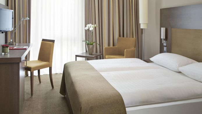 Chambre double (standard) IntercityHotel
