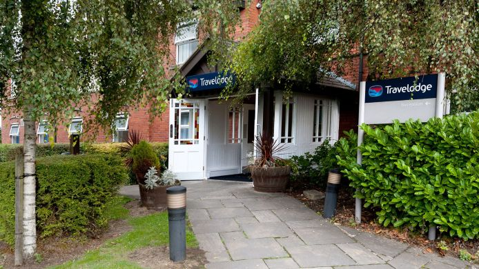 Vista exterior TRAVELODGE WARRINGTON LOWTON