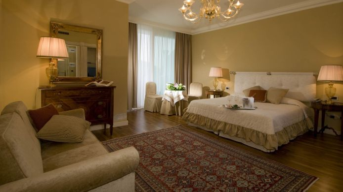 Chambre double (confort) Terme Neroniane