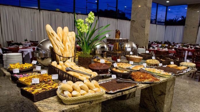 Breakfast buffet Dan Inn Anhanguera