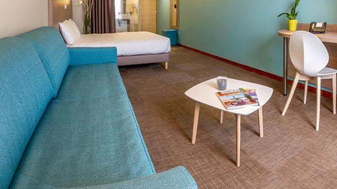 Four Bed Room Hotel The Originals Montpellier Est Ecoparc Ex Inter