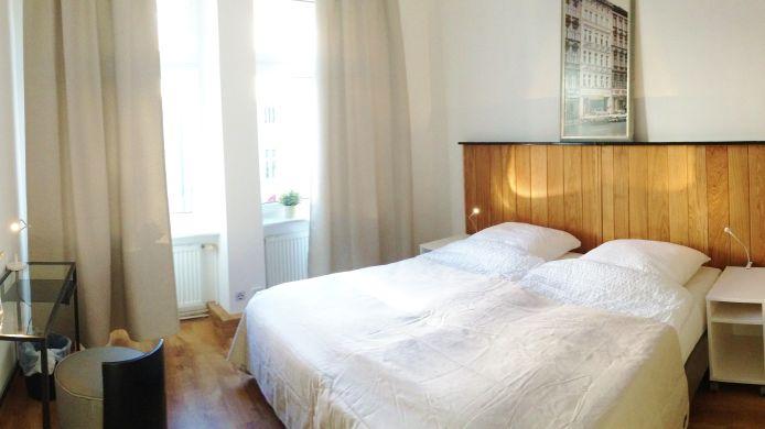 Karl Marx Hostel Berlin 2 Hrs Sterne Hotel Bei Hrs Mit Gratis Leistungen