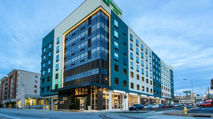 Außenansicht Holiday Inn & Suites CHATTANOOGA DOWNTOWN