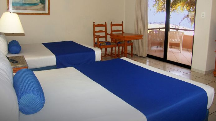Standard Room Reef Yucatan All Inclusive Hotel And Convention Center