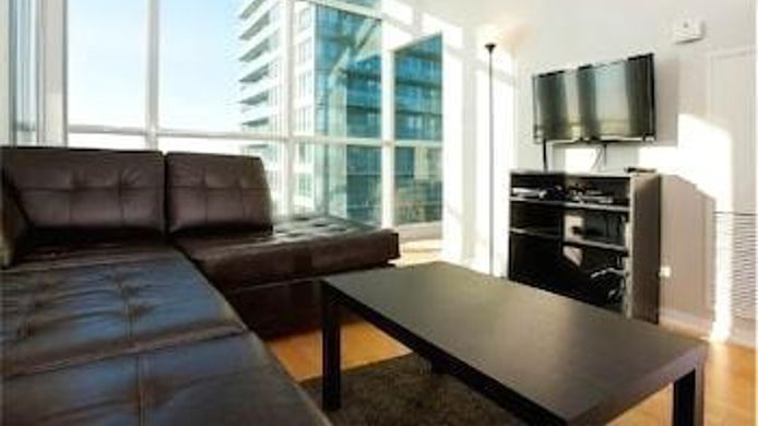Vue extérieure E.S.I Furnished Suites at the ACC