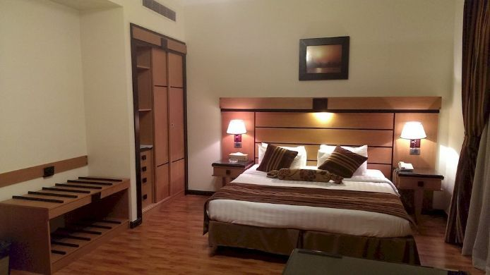 Suite Avail Grand Hotel & Suites