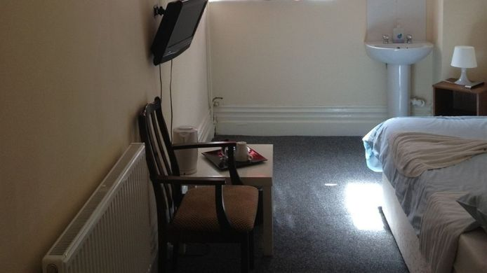 Tennyson House Hotel - 3 HRS star hotel in Bedford, Bedford