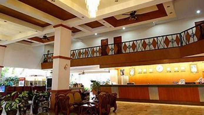 Exterior View Mike Beach Resort Pattaya