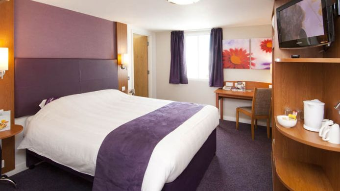 Zimmer Premier Inn London Twickenham East