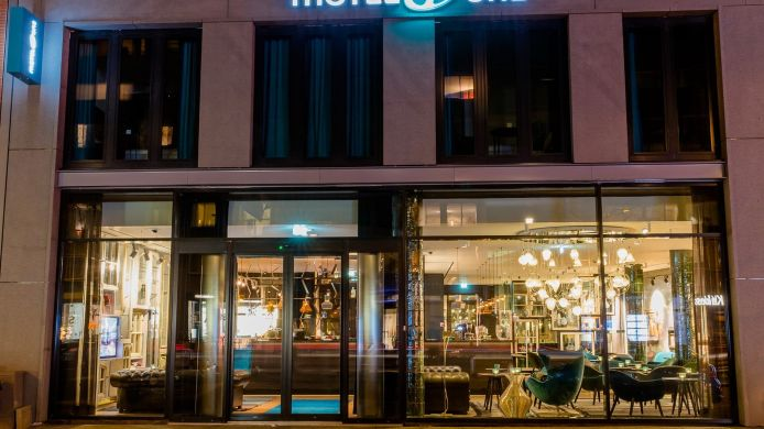 Außenansicht Motel One Amsterdam-Waterlooplein