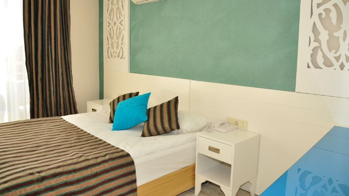 Single room (standard) Aura Boutique Hotel