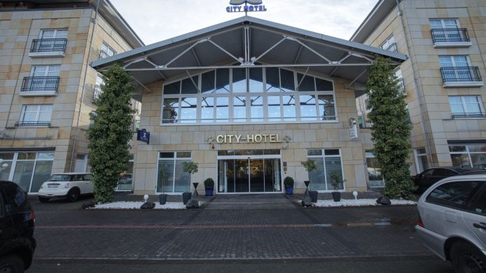 Exterior View City Hotel Bad Vilbel
