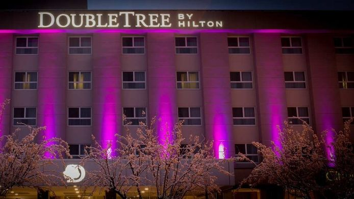 Exterior view DoubleTree by Hilton Kamloops