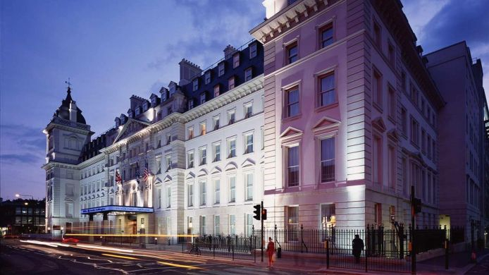 Exterior view Hilton London Paddington
