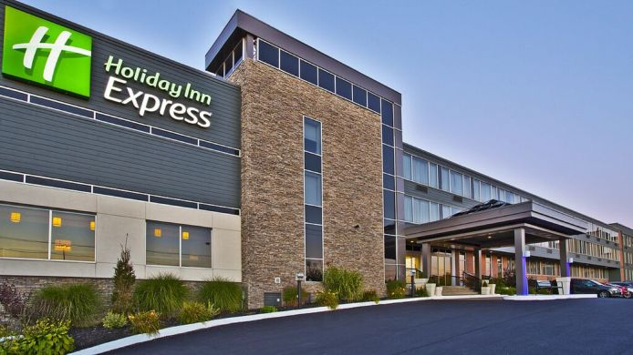 Exterior view Holiday Inn Express SAULT STE MARIE