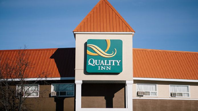 Buitenaanzicht Quality Inn Whitecourt