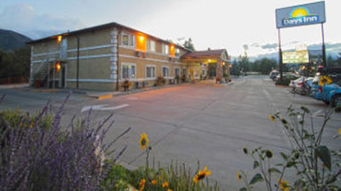 Exterior view DAYS INN SALIDA