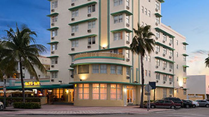 Exterior View Days Inn Miami N Beach Ocean