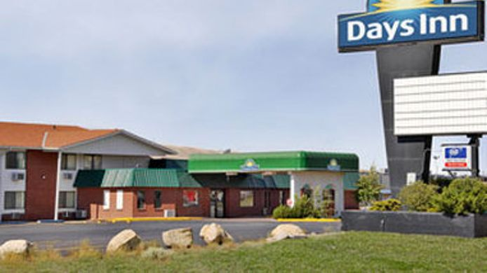 Exterior view DAYS INN RAWLINS