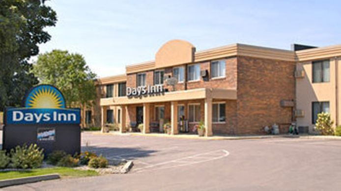 Exterior view DAYS INN SIOUX FALLS