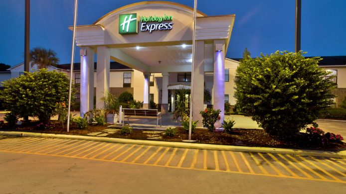Exterior view Holiday Inn Express BREAUX BRIDGE/HENDERSON